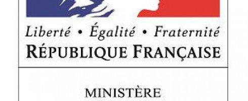Jean-Yves Le Drian: «Je suis partisan de dire désormais définitivement 'droits humains'.»